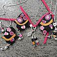 Catene con pendenti Mano di Fatima in argilla polimerica, perle in argilla polimerica e murrine, quarzo rosa, ametista, agata, onice e madreperl